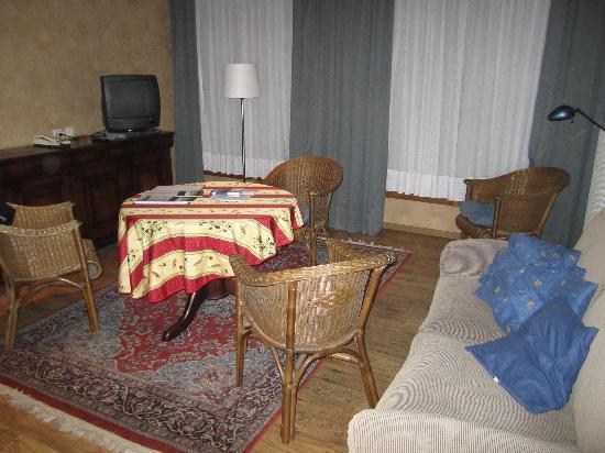 Aramis Holiday Flats: room