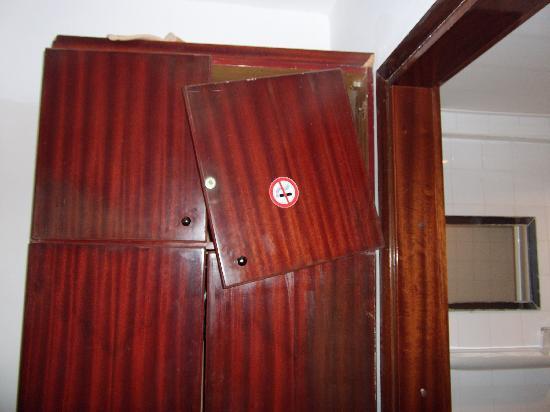 Villamar: Cupboard