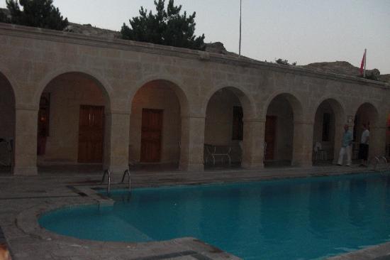Melis Cave Hotel: piscine