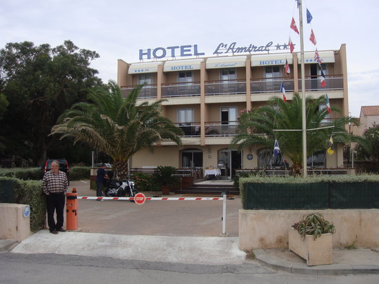 Hotel l 39 amiral updated 2017 reviews price comparison for Hotels ile rousse