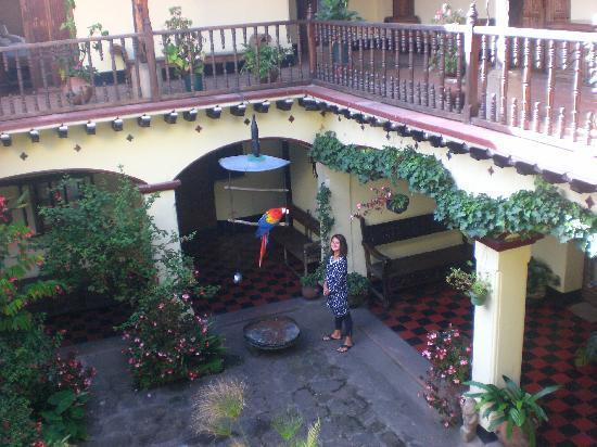Antigua, Guatemala: Chichicastenango - Maya Inn Hotel