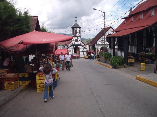 La Colonia Tovar, Venezuela: VENTAS ALREDEDOR DE LA IGLESIA