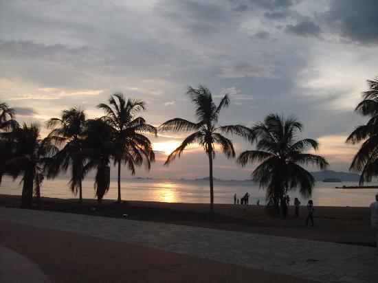 Puerto La Cruz, Venezuela: PUESTA DEL SOL