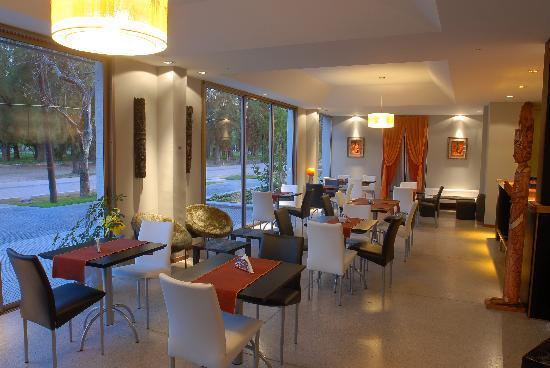 Tierra Mora Hotel Boutique & Apartments: RestoBar