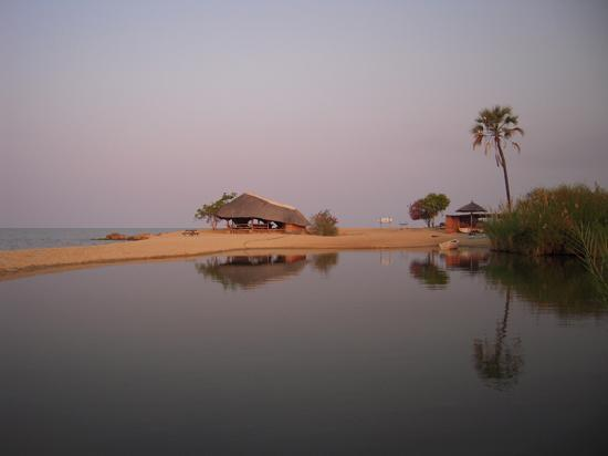 Ngala Beach Lodge : The Soggy Kwacha