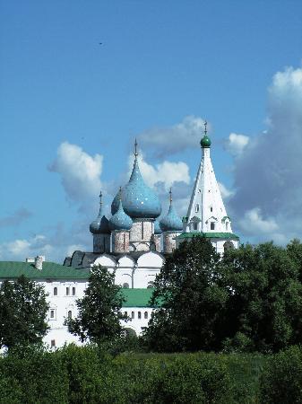 suzdal 250 km de Moscou