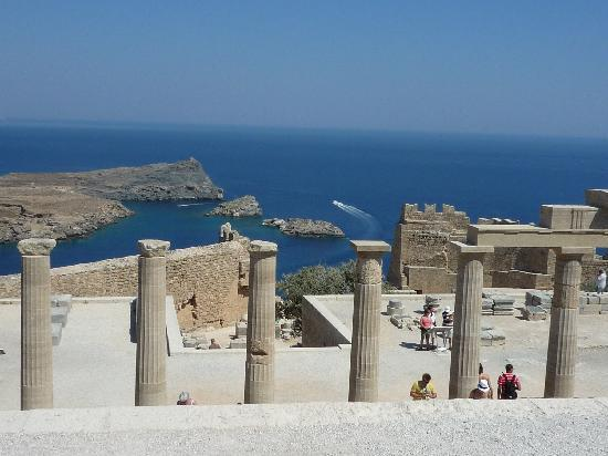 Ibiscus Hotel: View from Lindos Acropolis