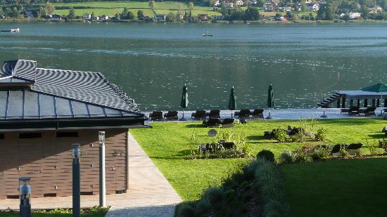 Apart Hotel Legendaer: Blick zum See