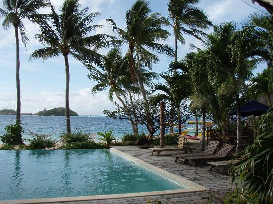 Bora Bora Beach Resort : Piscine de l'hotel