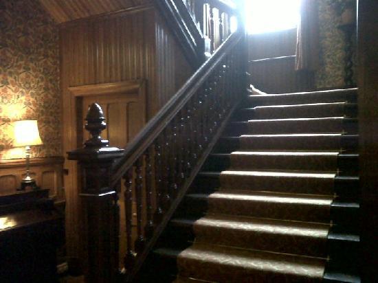 Glenfinnan House Hotel: Hotel stairwell