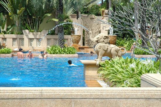 The Busakorn Wing Swimming Pool Picture Of Holiday Inn Resort Phuket Patong Tripadvisor