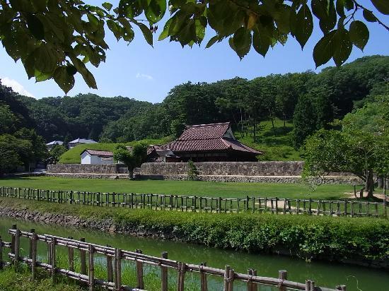 Bizen, Japón: 閑谷学校の外観