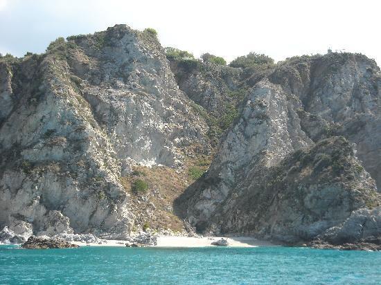 Baia del Sole Resort: spiaggia di Capo Vaticano