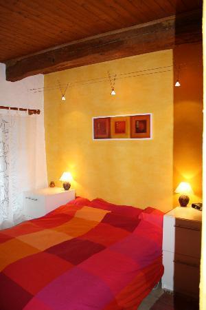 Alpine Ventures: Double bedroom