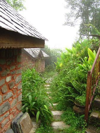 Namobuddha Resort: Part of the resort in the fog