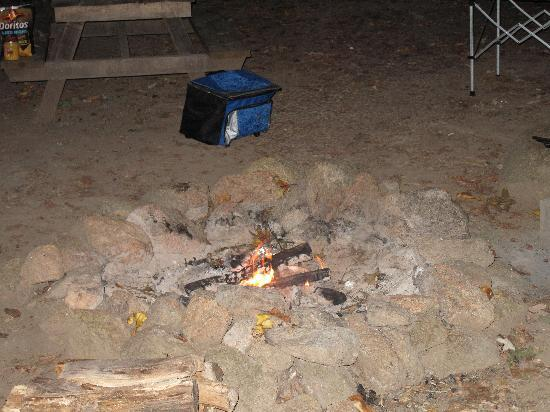 Heavenly Acres Campground: Rock fire pit