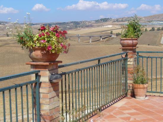 Azienda Agricola Silvia Sillitti : View from the balcony