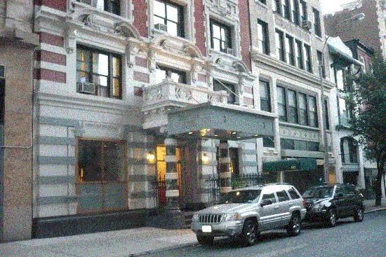 Exterior view picture of hotel deauville new york city for Hotels deauville