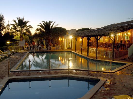 Pinhal do Sol Hotel: Piscina do hotel