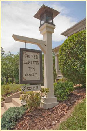 Copper Lantern Boutique Inn : Park and walk to all of your destinations