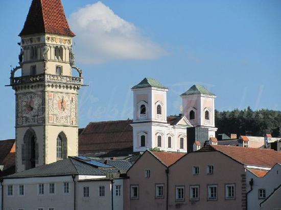 Passau, Deutschland: view at the belltower townhall and monastery Niedernburg