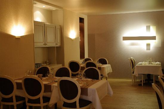 Hotel Restaurant Les Capucins : 2e salle de restaurant