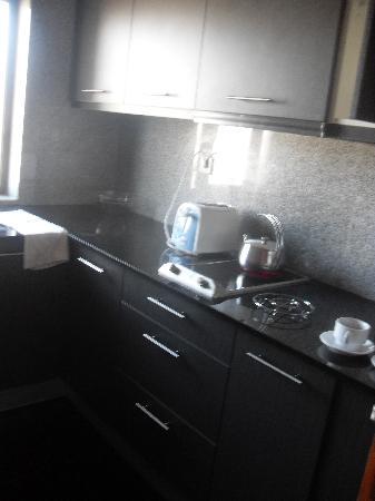 Hotel Topazio: Kitchen