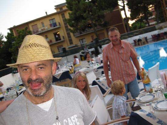Hotel Buratti: Donato, le boss