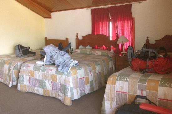 Hostal Monarca: Triple room with bath