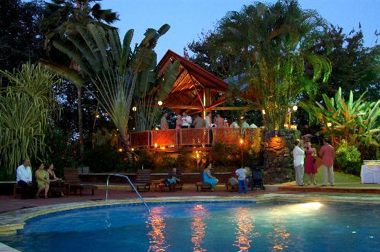 Tilajari Hotel Resort: Swimming pools & jacuzzi area