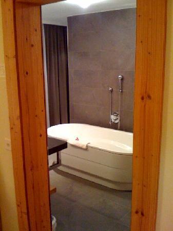 Riederalp, Sveits: Die freistehende Badewanne war ein Traum