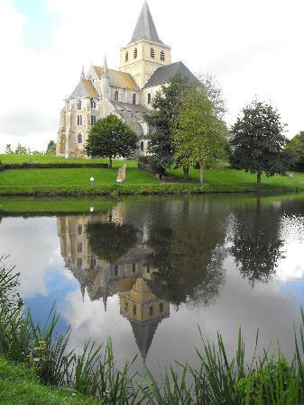 Siblu Villages - Domaine de Litteau : The Abbey