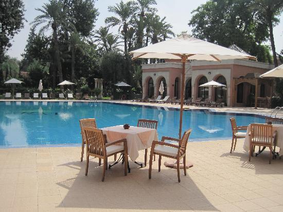 Royal Mirage Deluxe Marrakech: Pool Side