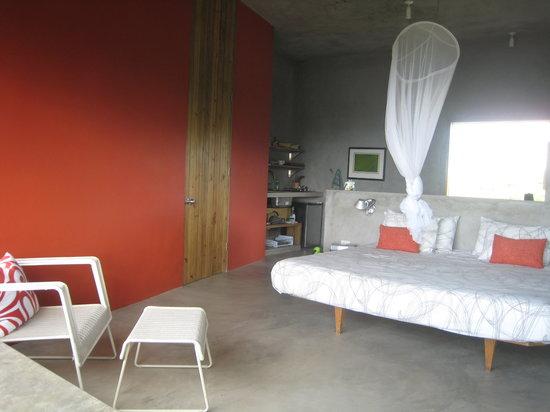 Tower Lofts at Villa Venti : Bedroom area and kitchen behind wall.