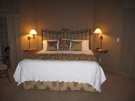 Las Posadas of Sedona: bedroom