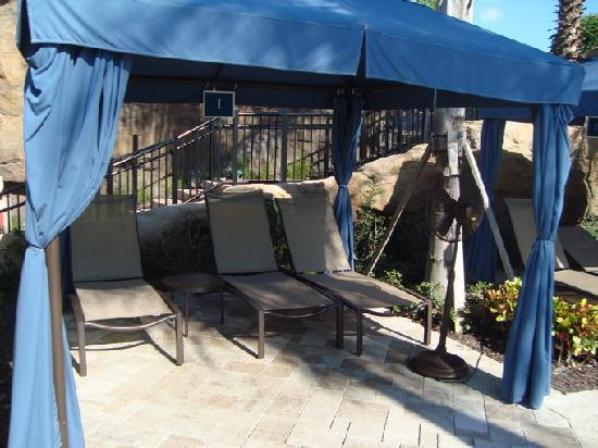 Marriott's Lakeshore Reserve: Cabana's with Fan
