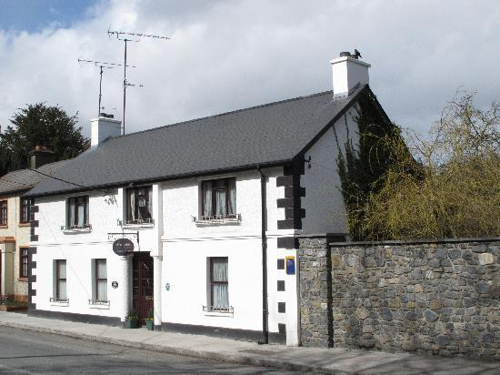 Kells, Ireland: The beautiful White Gables B&B
