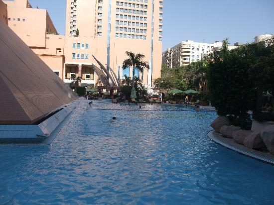 Staybridge Suites Cairo-Citystars: POOL