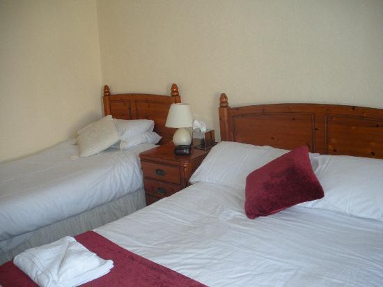 Tara Hall Accommodation : Bedroom