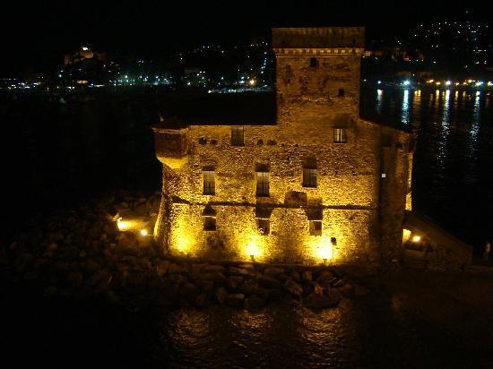 Italia e Lido Hotel: Night view