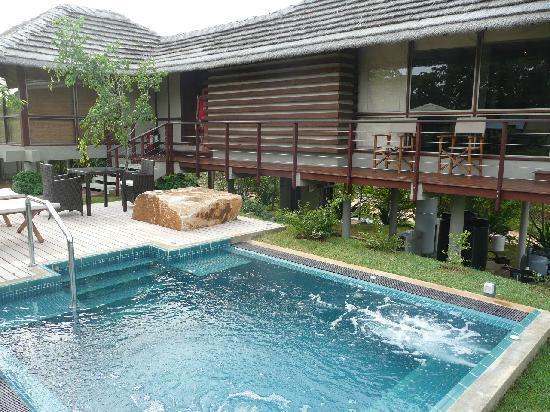 Ulagalla Resort: プライベートプールもついてます