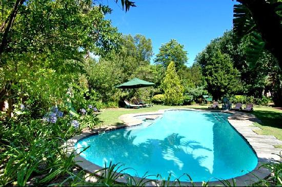 Willowbrook Country House: Pool