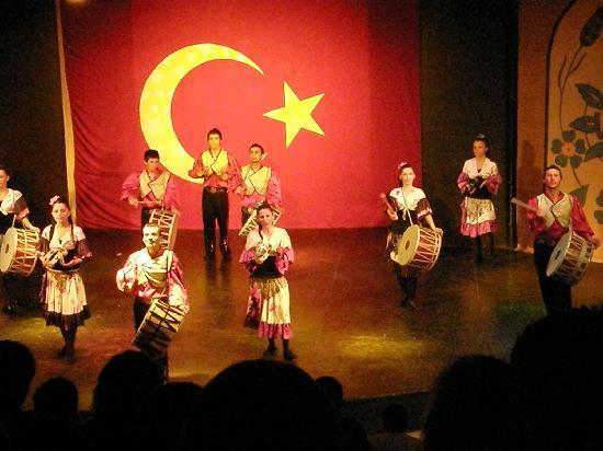 Euphoria Tekirova Hotel: Turkish Show at the The Amphitheater