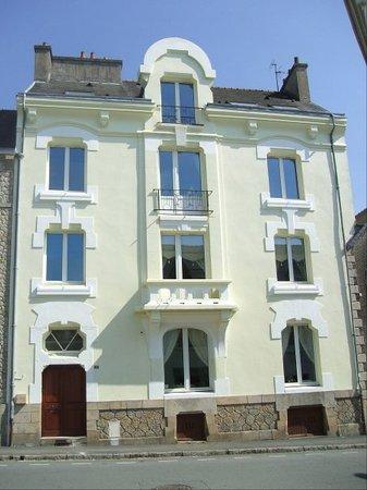 Chez Louisette