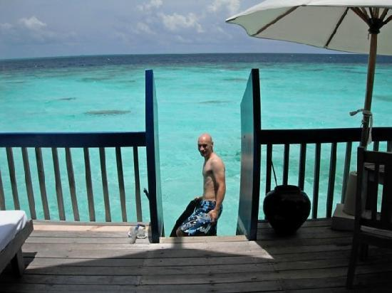 COMO Cocoa Island, The Maldives: Snorkelling off our room