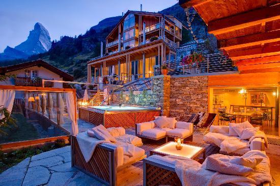 Coeur des Alpes: Aussenlounge