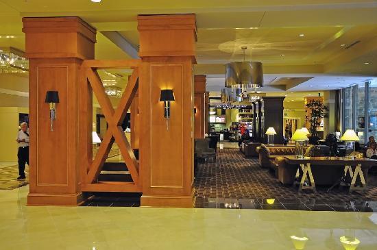 Sheraton Seattle Hotel: Lobby