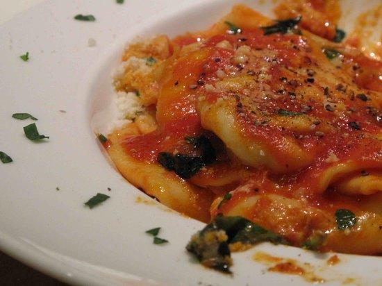 RESTAURANT PIZZERIA BELLA NAPOLI : homemade ricotta filled pasta