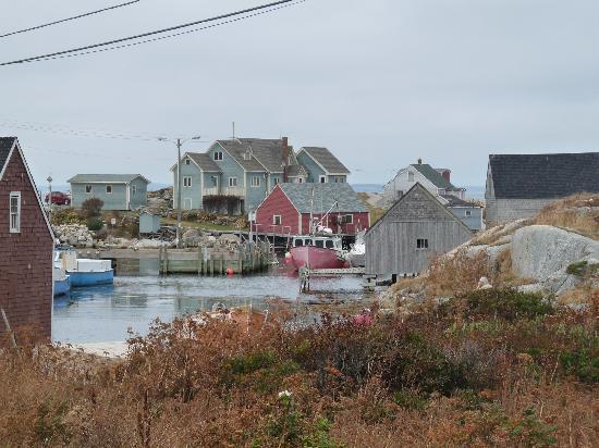 Peggy's Cove, Canada: peggys harbour