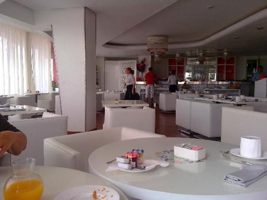 Hotel La Renaissance: bar